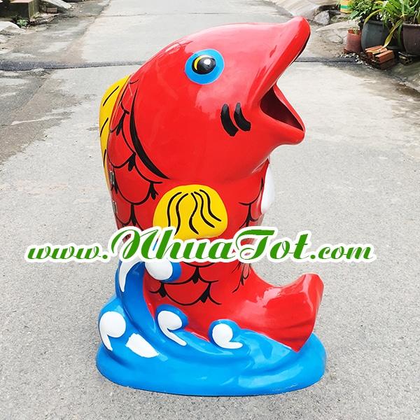 Thùng rác hình cá chép